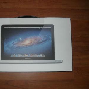 Apple MacBook Pro 15 - i7  Apple MacBook Air 13